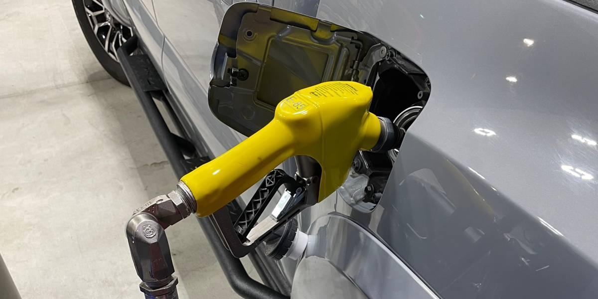 8 Reasons To Fill Up With E85 Flex Fuel